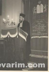 Schochet Dov Yehuda Speaking